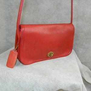 COACH Vintage 'Dinky' Bag #550-3605 (Style #9375)
